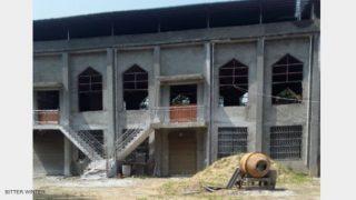 Iglesia en Henán demolida antes de ser inaugurada (Vídeo)