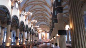 El interior de la Catedral de Santo Domingo de Fuzhou