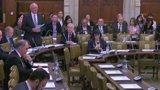 El Parlamento británico debate sobre la sustracción forzada de órganos de personas vivas en China