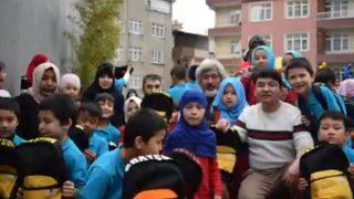 Milagro en Estambul: una escuela uigur en el exilio turco