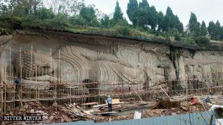 Un área escénica situada en Sichuan es despojada de todas sus estatuas budistas y taoístas