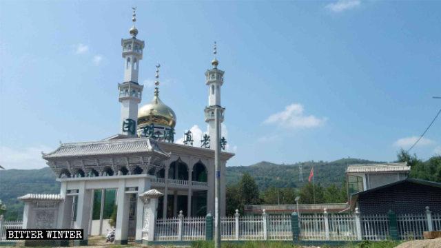 Antigua mezquita emplazada en la aldea de Tuanju antes de que fuera rectificada para que pareciera china.
