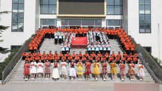 El precio de los estudios para la juventud uigur en el interior de China