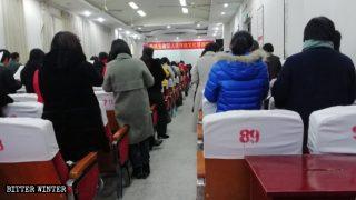 Capacitación sobre la cultura tradicional china en una iglesia de las Tres Autonomías emplazada en el condado de Dancheng.