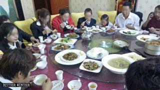 El PCCh asimila a los uigures prohibiendo su cultura y su religión