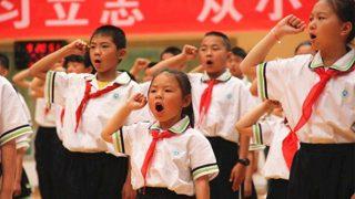 En el Día del Niño, a los mismos se les exigió elogiar al Estado y al presidente