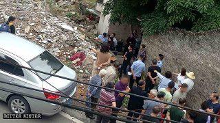 Varias iglesias domésticas fueron reprimidas y numerosos creyentes fueron arrestados en Chongqing (Video)