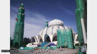 Numerosas mezquitas fueron «sinizadas» en la región de Ningxia y en las provincias de Jilin y Henán