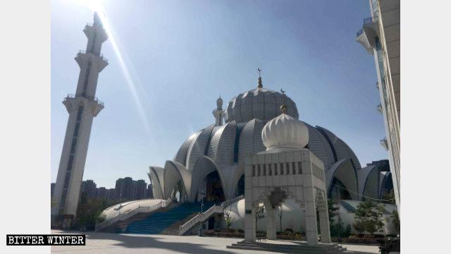 La antiguamente exquisita Gran Mezquita de Yuehai.
